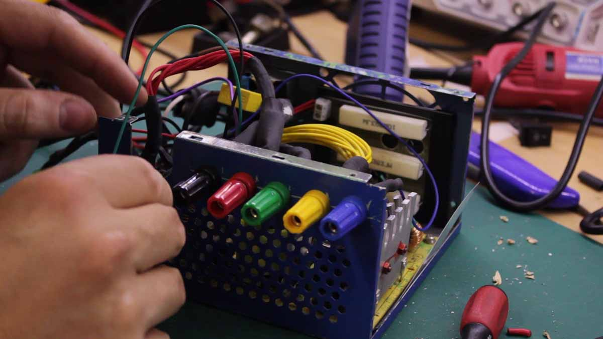 How to make an ATX Bench-Top Power Supply | Made2Hack